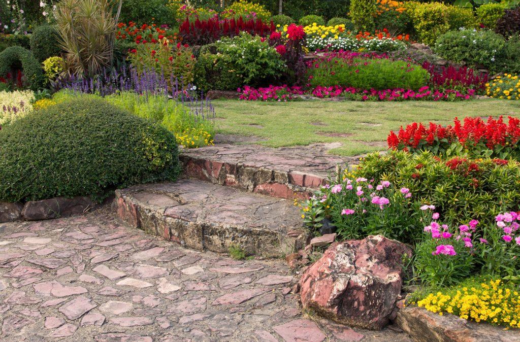 Hermoso jardín tratado con Hydretain