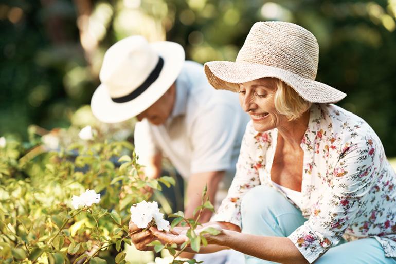 4 beneficios de la jardinería en la tercera edad